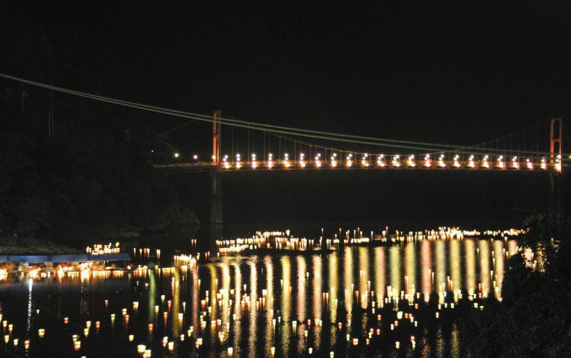 奥物部湖湖水祭
