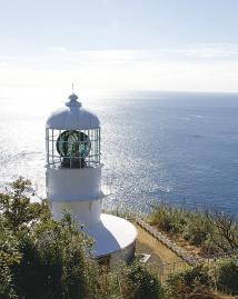 室戸岬の灯台  光達距離26.5海里(49km)は日本一。
